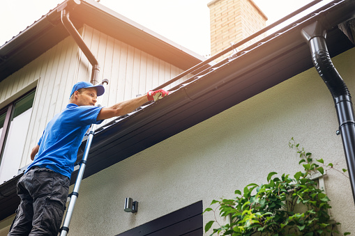 Outdoor Home Maintenance