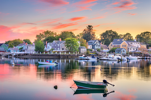 Though It S Technically A City Portsmouth New England Charm Blends The Best Of Small Town Life With Vibrancy Cultural Center
