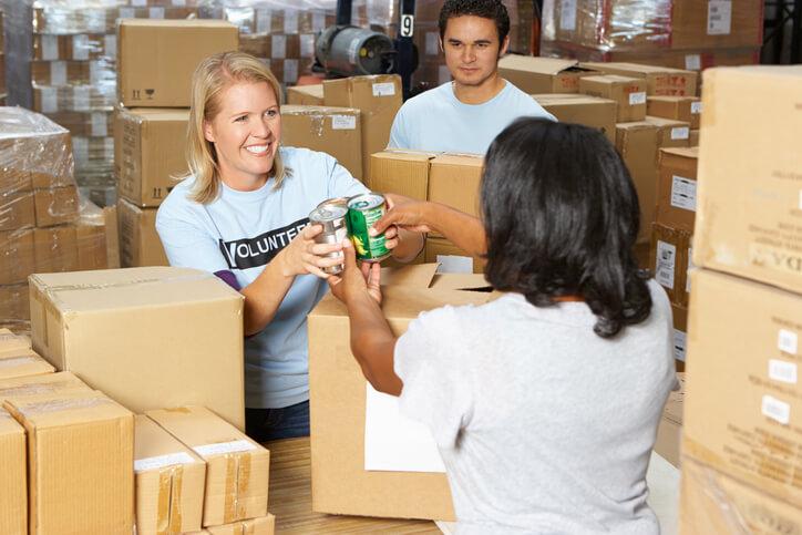 Benefits of Volunteering at Food Pantry