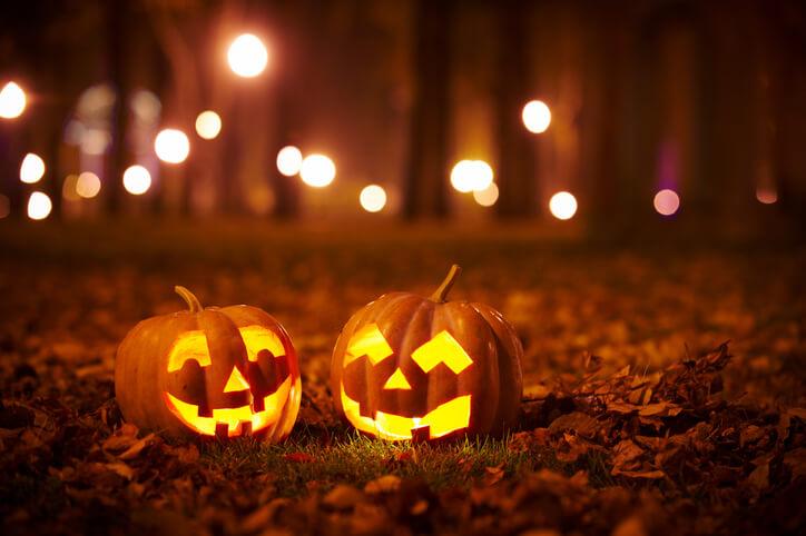 Halloween Mishaps Carving Pumpkins