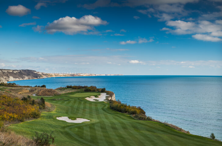 Golf vacation for Golfers and Nongolfers