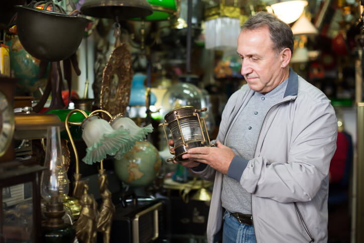 How to find out how much your antique is worth