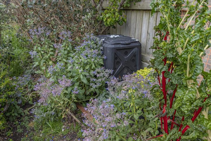 Backyard Home Composting Bin