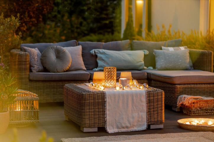 Outdoor Winter Home Decor